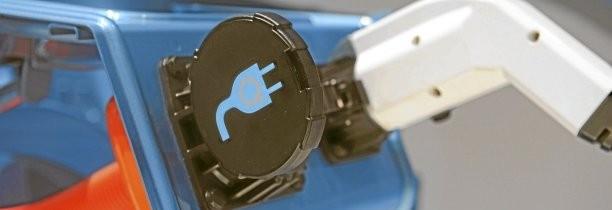 Volvo souligne une aberration, l'absence de norme unique pour les recharges électriques